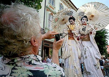 Festivalul Comediei Româneşti - festCO 2011 începe pe 10 iunie