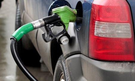 Doi fraţi din Mureş au descoperit benzina fără bani
