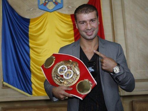 Bute a sosit în România pentru meciul cu Mendy: Mi-am dorit foarte mult să boxez acasă