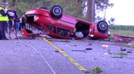 Timişoara. Un şofer beat criţă şi fără permis s-a răsturnat cu maşina în faţa Poliţiei