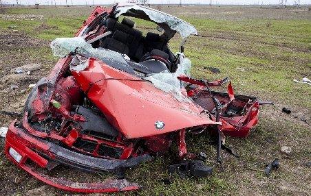 Patru oameni au murit într-un accident rutier în judeţul Cluj