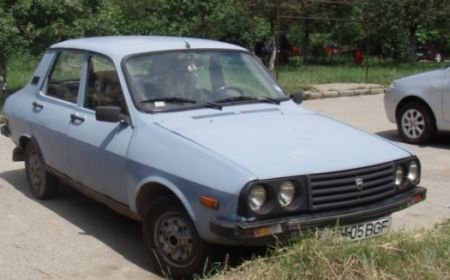 Maşinile vechi, preferatele hoţilor: Sunt mai uşor de furat
