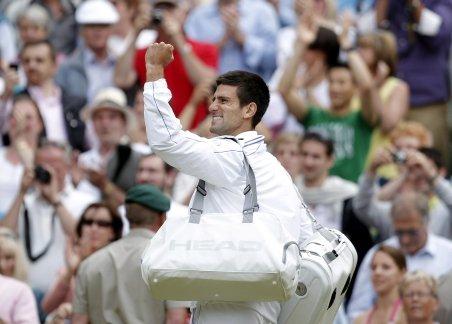Djokovici s-a calificat în finală la Wimbledon şi va deveni noul lider ATP