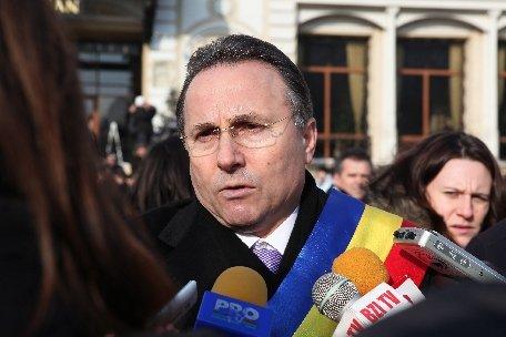 Iaşi. Susţinători ai primarului Gheorghe Nichita, la un pas să linşeze liderul unui ONG