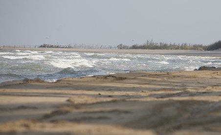 Investitorii de pe litoralul românesc vor să-şi mute afacerile la bulgari