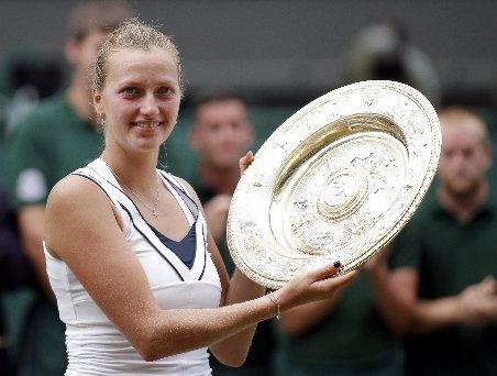 Wimbledon 2011: Petra Kvitova o învinge pe Sharapova şi câştigă primul turneu de mare şlem din carieră