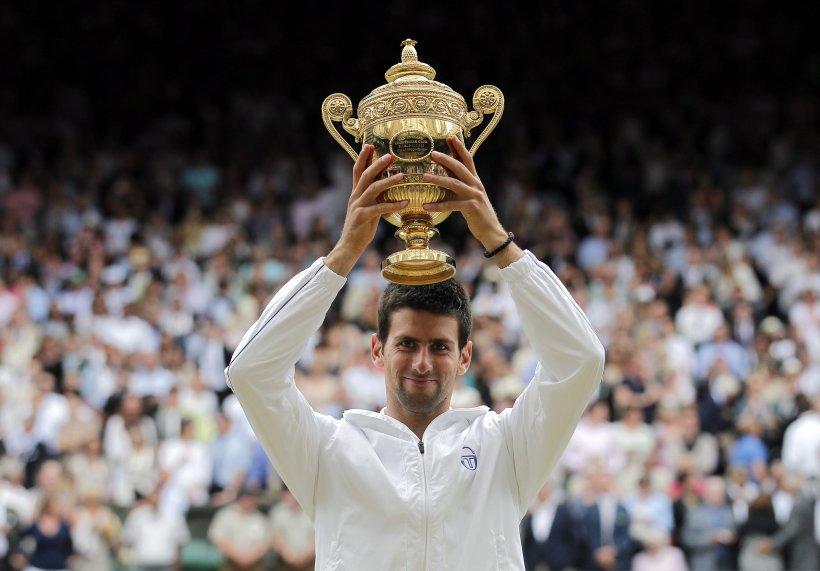 Novak Djokovic a câştigat în premieră titlul la Wimbledon