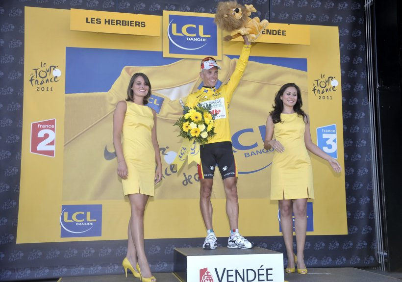 Philippe Gilbert a câştigat prima etapă din Turul Franţei şi a preluat tricoul galben