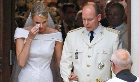 Prinţul Albert de Monaco ar avea un copil dintr-o relaţie extraconjugală