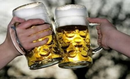 INS: Afacerile cu alimente, băuturi şi tutun, în scădere în luna mai