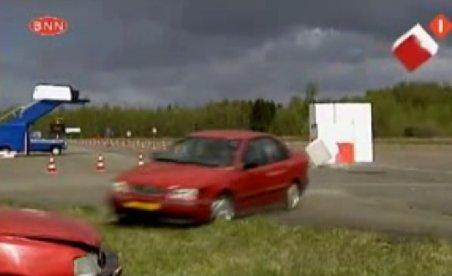 A fost călcat în propria sa emisiune de cel mai prost şofer din Olanda