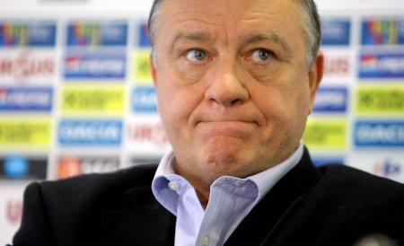 Mircea Sandu a solicitat ca Marian Iancu să fie declarat persona non grata. Craiova, ameninţată cu dezafilierea