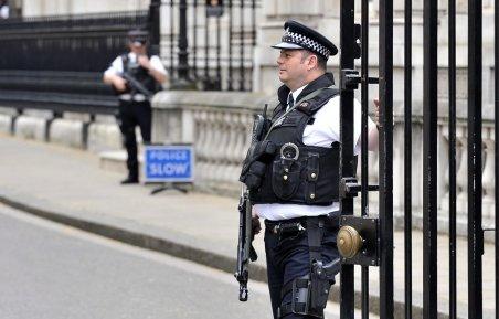 """Marea Britanie a redus nivelul de alertă teroristă, de la """"important"""" la """"grav"""""""
