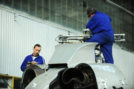 EADS a deschis o uzină în România unde se vor produce componente pentru Airbus