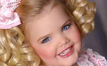 """Eden Wood, """"veterana"""" de 6 ani a concursurilor de miss pentru copii, îşi încheie cariera"""