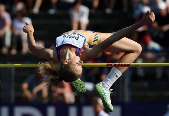 Bianca Perie şi Esthera Petre, campioane europene de tineret la atletism