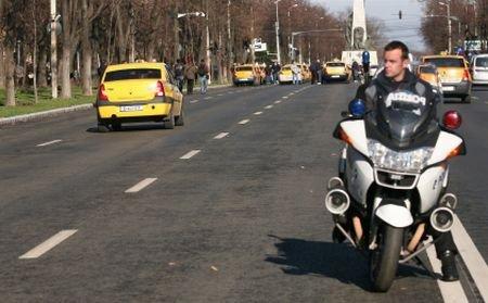 Un poliţist a fost rănit grav în timp ce urmărea o maşină
