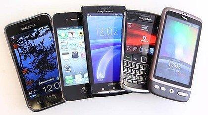 Fiecare persoană de pe planetă va avea un telefon mobil până în 2016