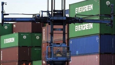 MAI: Bunuri în valoare de 1,1 miliarde de euro, confiscate la terminalul Containere din Portul Constanţa