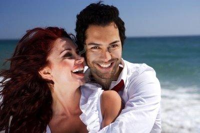 Studiu: Secretul fericirii în cuplu - ea trebuie să fie mai slabă decât el