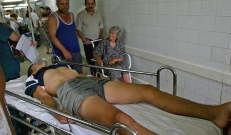 Un tânăr din Reşiţa, răpit de pe stradă, bătut şi împuşcat în picior