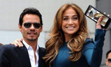 Mark Anthony îi controla garderoba lui Jennifer Lopez, pentru a se asigura că e decentă