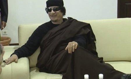 Ministrul de Externe francez: Muammar Gaddafi ar putea să rămână în Libia dacă renunţă la politică