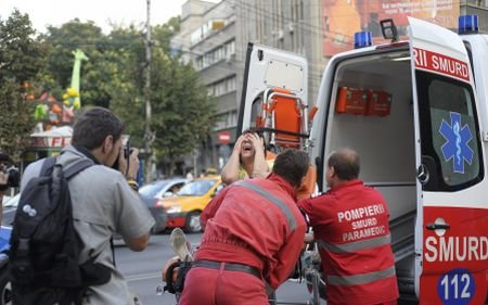 Accident grav în Eforie: Un şofer a intrat în plin într-o ambulanţă