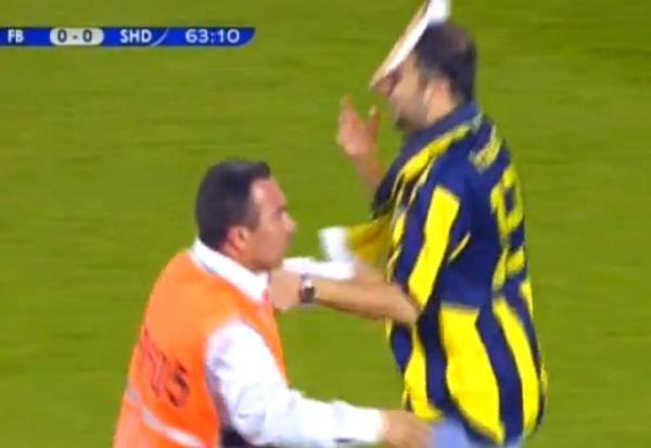Fanii turci au oprit meciul Fenerbahce - Şahtior. Presa, principala ţină