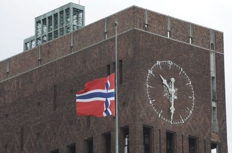 Oslo. Forţele de ordine au intervenit la 95 de minute distanţă de când a început masacrul