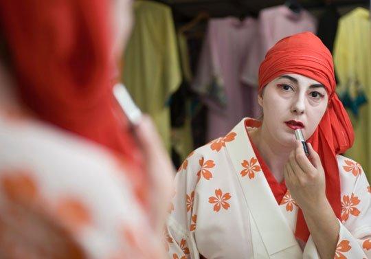 O româncă este singura gheişă de altă naţionalitate din Japonia