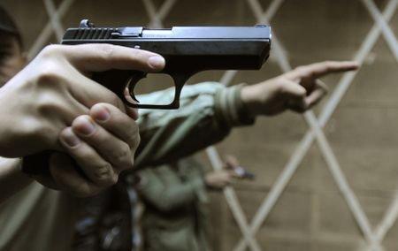 Un român a fost împuşcat mortal în Austria. Soţia şi fiul bărbatului, grav răniţi