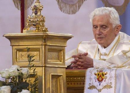 În urma tragediei din Norvegia, Papa Benedict le cere creștinilor să renunțe la ură
