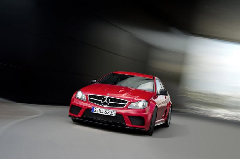 Mercedes anunță cel mai puternic C-Class din toate timpurile: C 63 AMG Coupe Black Series
