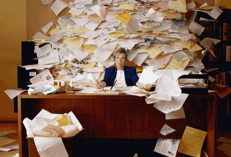 Studiu: Românii, cei mai extenuaţi şi nefericiţi muncitori din Uniunea Europeană