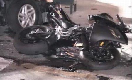 Un motociclist din Slatina a murit în urma impactului cu un TIR