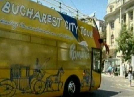 Autobuzele supraetajate din Bucureşti oferă o experienţă turistică unică. Vezi aici de ce