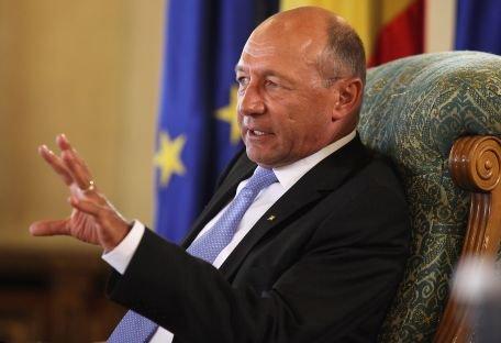 Băsescu: România este într-un proces de creştere, iar evaluarea pentru 2011 se menţine
