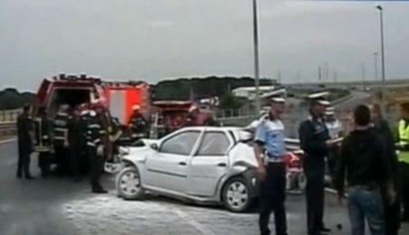 Vicepreşedintele Partidului Ecologist Argeş, implicat într-un accident la intrare pe A1. S-a izbit de un camion