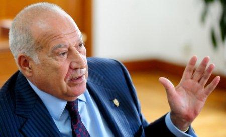Voiculescu: Băsescu are poziţia pe care o are pentru că foarte mulţi oameni se tem de el