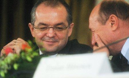 Solidari cu vorbe, nu cu bani. Băsescu şi Boc n-au mai contribuit la Fondul Solidaritatea