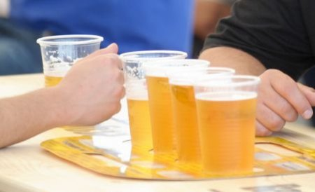 Doi copii din Tîrgu Jiu au ajuns la spital în comă alcoolică după festivalul berii