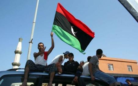 Trupele opoziţiei au intrat în complexul lui Gaddafi, dar acesta nu era acolo. Rebelii stăpânesc Tripoli în totalitate
