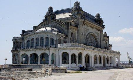 Cazinoul din Constanţa va fi preluat de Ministerul Turismului pentru a fi renovat