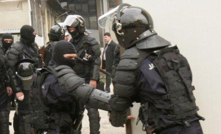 Descinderi în Capitală şi Ilfov: Este vizată o reţea de hoţi din locuinţe