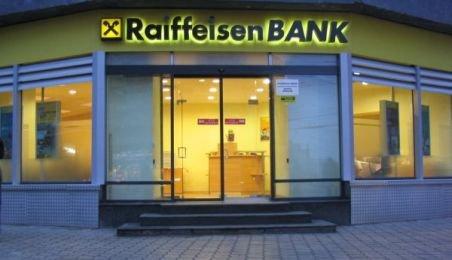 Profitul Raiffeisen a simţit mai mult presiunea cheltuielilor administrative decât creşterea veniturilor din operaţiuni