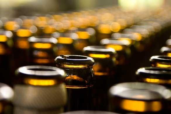Evaziunea fiscală cu băuturi alcoolice a atins cote alarmante în România