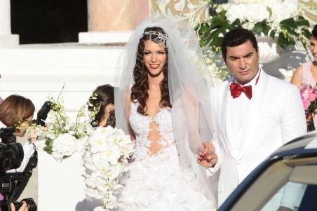 Nunta de un milion de euro a cuplului Cristi Borcea - Alina Vidican s-a terminat. Vezi părerile invitaţilor