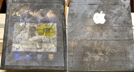 Cât de prost să fii: A dat 180 de dolari pe un iPad 2...de lemn. L-a cumpărat de la McDonald's