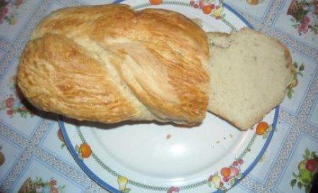 Pâinea va trebui să aibă cel puţin 300 de grame din 15 septembrie